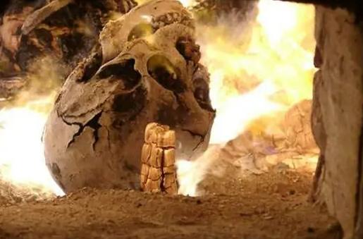 早期的殡葬文化启蒙